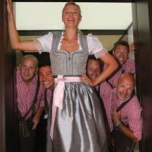 Maria Sharapova im Dirndl